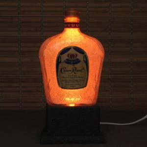 Crown Royal Whiskey 1 Liter Color C..